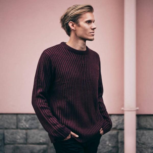 골랑 스웨터